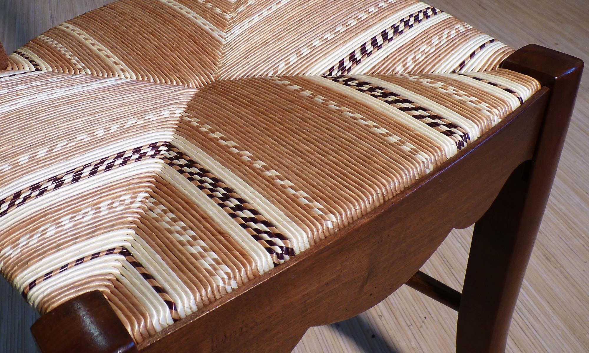 Rempaillage ma tre rempailleur - Comment refaire l assise d une chaise ...